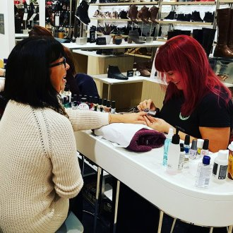 mobile manicures at events
